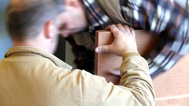 Montaggio arredamento farmacie Lombardia